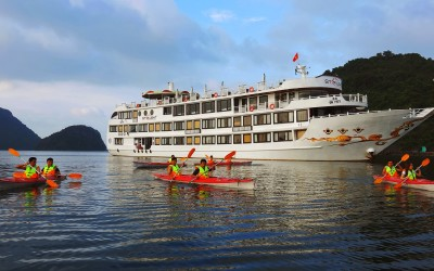 Starlight cruise Halong bay
