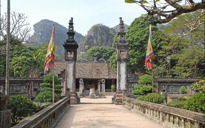Hoa Lu Ninh Binh