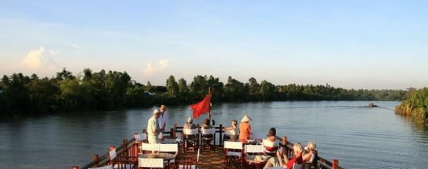 Mekong Eyes Cruise tour Cambodia to Vietnam