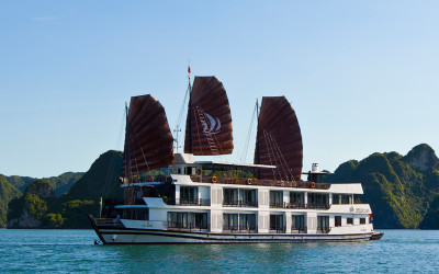Pelican Cruise Halong Overview