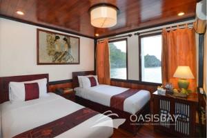 Oasisbay-Cruies-deluxe-cabin
